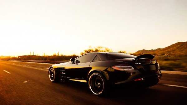Mercedes-Benz SLR McLaren – Desktop Wallpapers HD Free Backgrounds