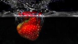 Wallpaper strawberry